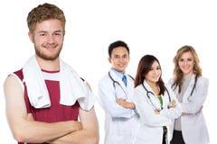 Mens die die oefening doen door zijn arts wordt geadviseerd royalty-vrije stock afbeelding