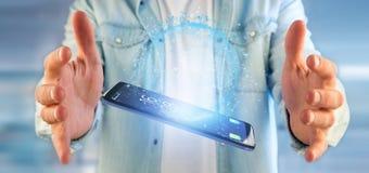 Mens die een 3d het teruggeven bol van de gegevensaarde op een smartphone houden Stock Foto
