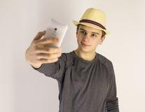 Mens die selfie van zich nemen Stock Afbeelding