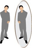 Mens die in spiegel denkt Stock Fotografie