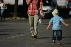 Mens en jongen Stock Foto's