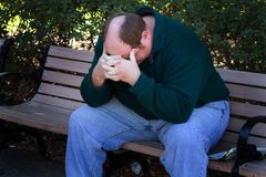 Mens in Gedeprimeerde Staat Stock Foto