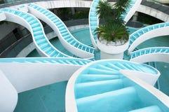 Mens gemaakte convergerende waterval, landschap royalty-vrije stock afbeelding