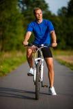 Mens het biking Royalty-vrije Stock Foto