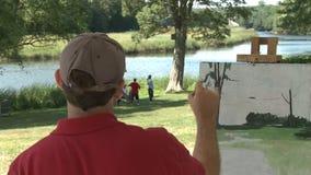Mens het schilderen landschap (5 van 8) stock footage
