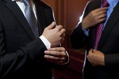 Mens in kostuum Royalty-vrije Stock Foto