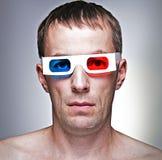 Mens met 3D glazen Stock Afbeeldingen