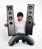 Mens met audiosysteem. stock foto