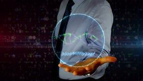 Mens met dynamische biotechnologie en DNA-schroefhologram op hand Zakenman en futuristisch concept bio-informatica, wetenschap, b stock videobeelden