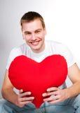 Mens met een rood hart Royalty-vrije Stock Foto
