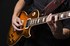 Mens met gitaar Royalty-vrije Stock Foto