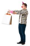 Mens met huidige gift Stock Afbeelding