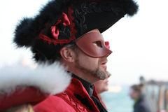 Mens met masker Royalty-vrije Stock Afbeeldingen