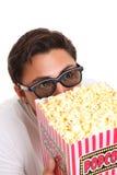 Mens met popcornemmer en 3D glazen Royalty-vrije Stock Fotografie