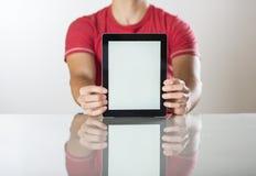 Mens met tablet stock fotografie