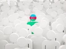 Mens met vlag van azerbaijan in een menigte vector illustratie