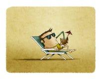 Mens met zonnebril op het en strand die ontspannen drinken royalty-vrije illustratie