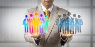 Mens Multi-etnisch Vergelijkbaar zijn met Monocultural-Team royalty-vrije stock foto