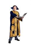 Mens in nationaal Kazakh kostuum met laptop Royalty-vrije Stock Afbeeldingen
