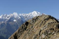 Mens op berg Royalty-vrije Stock Fotografie