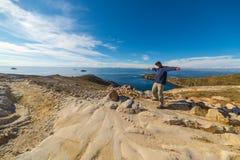 Mens op Eiland van de Zon, Titicaca-Meer, Bolivië Royalty-vrije Stock Foto