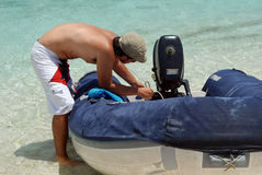 Mens op strand royalty-vrije stock foto