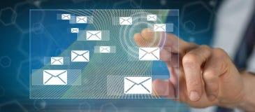 Mens wat betreft een e-mailconcept royalty-vrije stock foto's