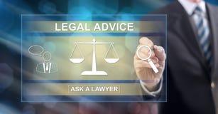 Mens wat betreft een juridisch adviesconcept royalty-vrije stock afbeeldingen