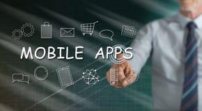Mens wat betreft een mobiele toepassingenconcept royalty-vrije stock afbeeldingen