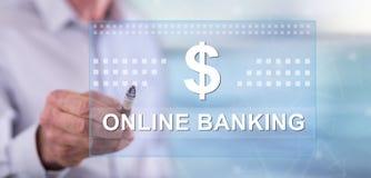 Mens wat betreft een online bankwezenconcept royalty-vrije stock afbeeldingen