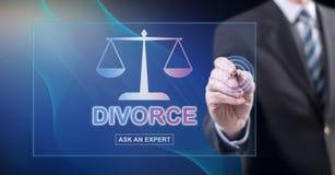 Mens wat betreft een online website van de scheidingsraad royalty-vrije stock afbeelding