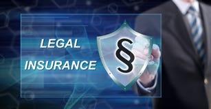Mens wat betreft een wettelijk verzekeringsconcept royalty-vrije stock afbeelding