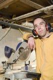 Mens in Workshop royalty-vrije stock fotografie