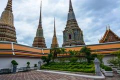 Mensagem bem-vinda na entrada a Wat Pho histórico em Banguecoque, Tailândia Imagem de Stock Royalty Free