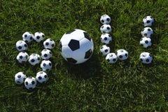 Mensagem brasileira do objetivo do futebol feita com futebóis Imagem de Stock