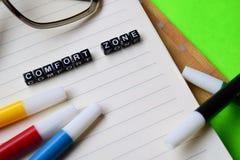 Mensagem da zona de conforto em conceitos da educação e da motivação fotos de stock royalty free