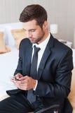 Mensagem de datilografia do negócio Fotos de Stock Royalty Free