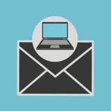 Mensagem do boletim de notícias do laptop Fotos de Stock