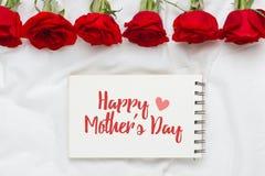 Mensagem do dia da mulher feliz decorada com flores cor-de-rosa Imagem de Stock Royalty Free