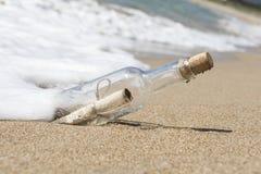 Mensagem em uma garrafa Imagem de Stock