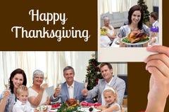 Mensagem feliz da família e da ação de graças no projeto preto do fundo Imagem de Stock Royalty Free