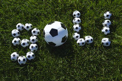 Mensaje brasileño de la meta del fútbol hecho con fútboles Imagen de archivo