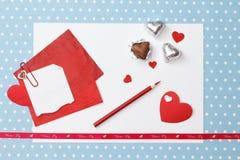 Mensaje del amor del día de tarjeta del día de San Valentín, inacabado Fotografía de archivo