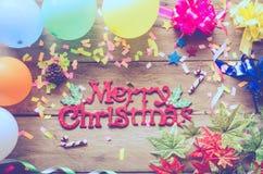 Mensaje del saludo de la Feliz Navidad en fondo del partido Fotos de archivo