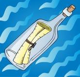 Mensaje en botella en el agua Imagen de archivo libre de regalías