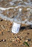 Mensaje en una botella Fotos de archivo libres de regalías