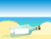 Mensaje en una playa de la botella Imágenes de archivo libres de regalías