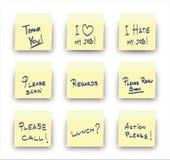 Mensajes de la oficina del post-it Foto de archivo libre de regalías