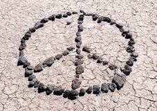 Mensajes en el desierto Signo de la paz Imagen de archivo libre de regalías