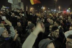 65000 Menschen protestieren in Bukarest bitten um Änderung der politischen Klasse Stockbilder